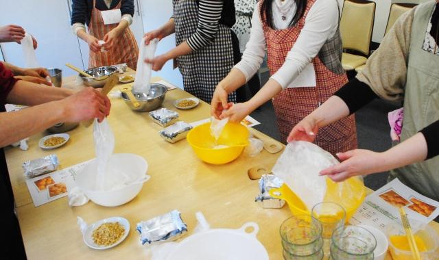 【読者体験談#3】料理教室の運営スタッフ体験談。料理好きなだけじゃ続かない。。。
